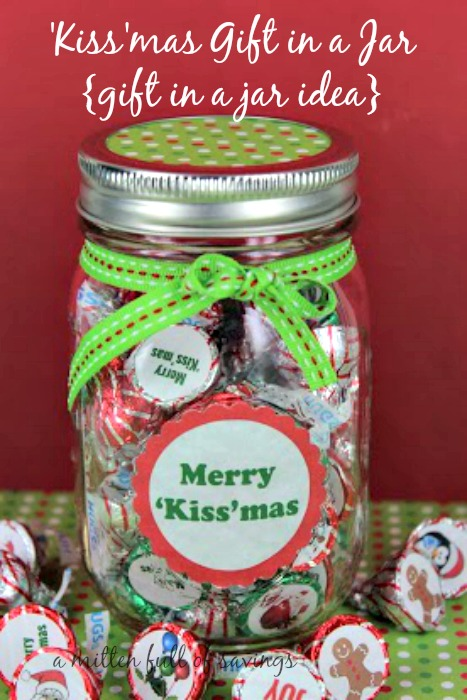 Mason Jar Gifts:  Make this great 'Kiss'mas Mason Jar Gifts Idea for your friends and family this holiday season!  Free printable included in tutorial!